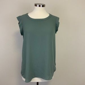 Pleione Sage Sleeveless Blouse with Back Pleat S